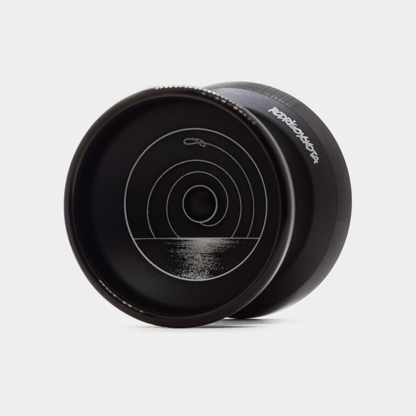 "Barracuda X yo-yo in Rodrigo ""Whip"" Yokota Edition by Duncan"
