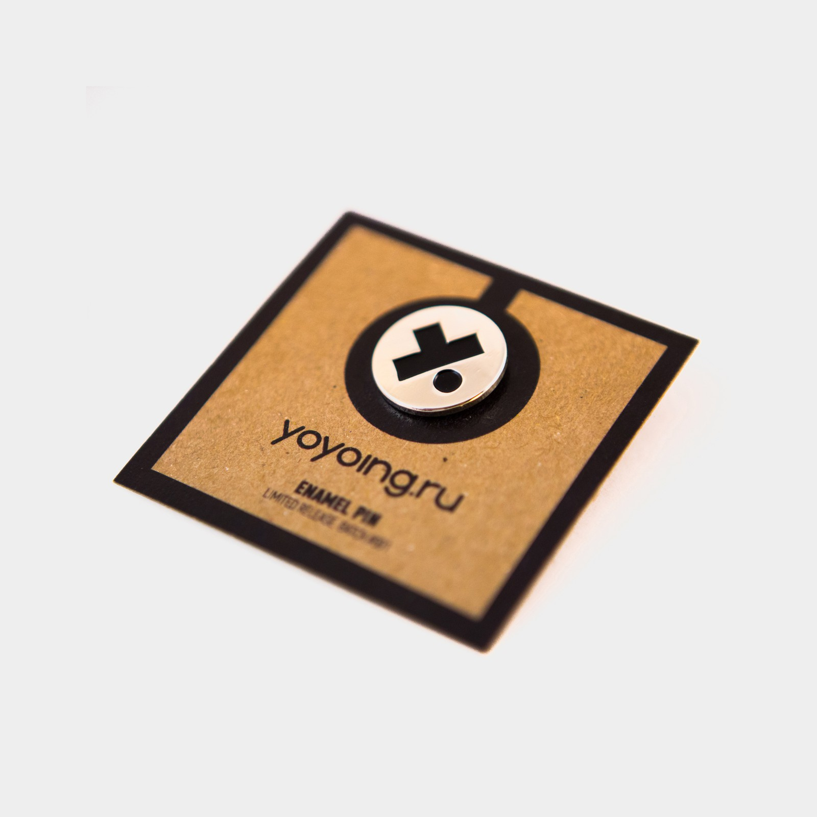 Batch #001 Enamel Pin (Metallic / Black) от yoyoing.ru